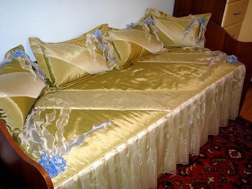 Пошив подушек и покрывал